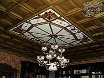 Вітражний стелю з підвісною люстрою Тіффані