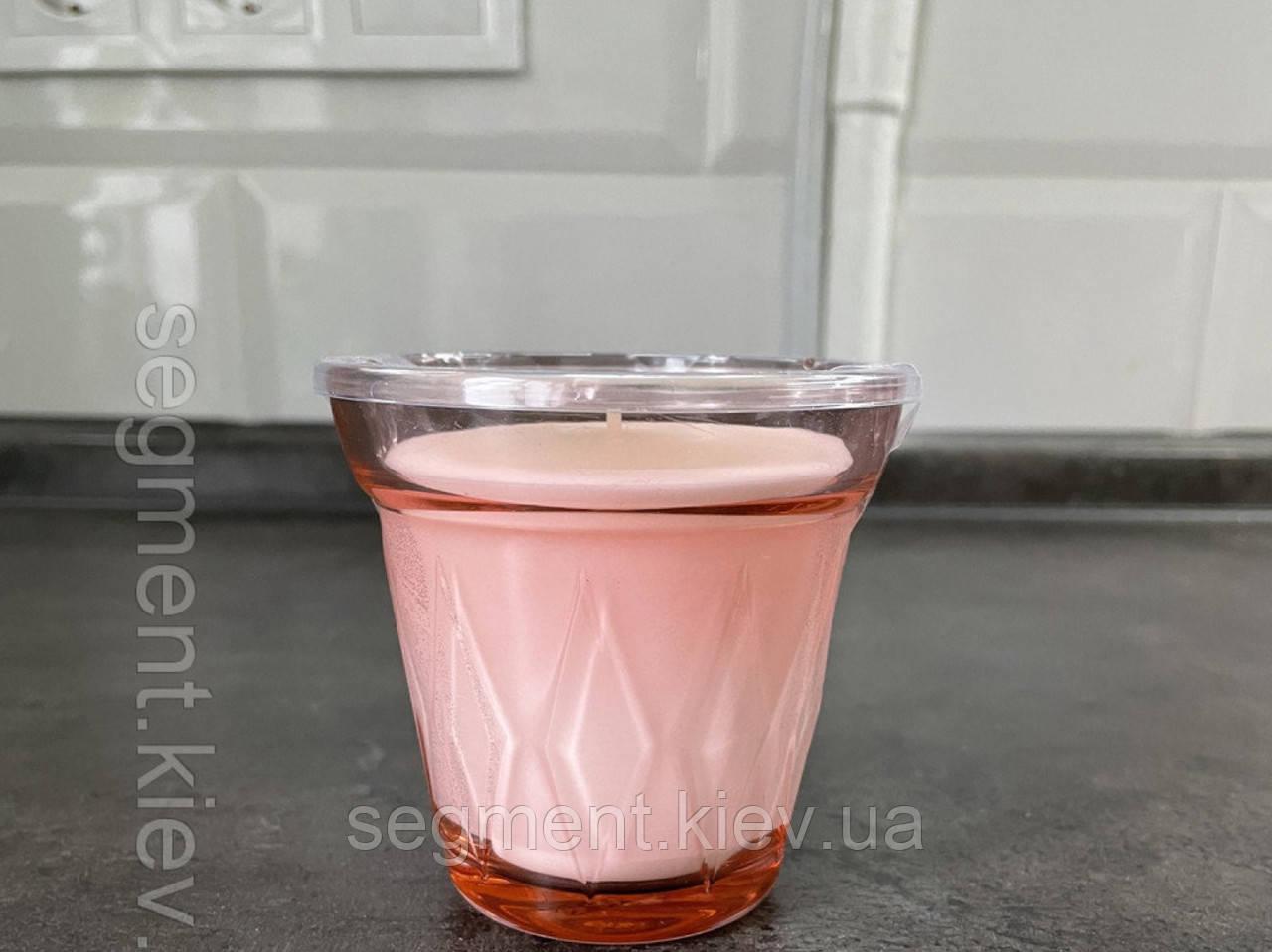 Свічка у склянці, з ароматом суниці лісової/темно-рожева 8 см