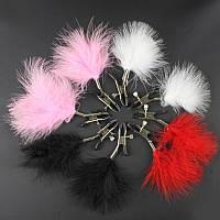 Зажимы для сосков Nipple Clamps с регуляцией давления и декором из черных перьев.