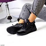 Стильні миксовые високі чорні жіночі кросівки на шнурівці, фото 2