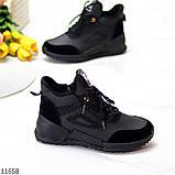 Стильні миксовые високі чорні жіночі кросівки на шнурівці, фото 4