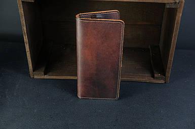 Мужской кожаный кошелек Лонг на 8 карт, натуральная кожа итальянский Краст, цвет коричневий, відтінок Вишня
