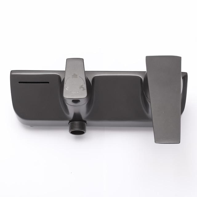 Смеситель для душевой колонны SGG-01 на три режима работы, выполнен из пищевой нержавеющей стали.