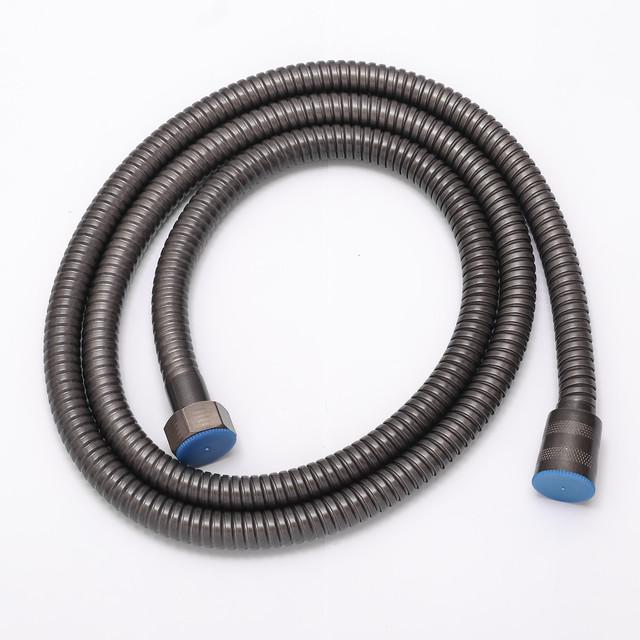Шланг для душевой колонны SGG-01 используется для подключения лейки ручного душа.