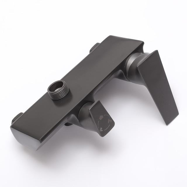 Смеситель для душевой системы SGG-01 с каскадным гусаком.