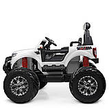 Дитячий електромобіль на акумуляторі Jeep M 4273 з пультом радіоуправління для дітей 3-8 років білий, фото 10