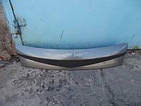 Накладка крышки багажника Renault Megane II 03-06 (Рено Меган 2), 7701477666