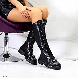 Эффектные черные высокие женские сапоги шнуровка с металлическим декором