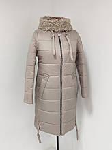"""Зимове жіноче пальто з хутряним коміром Арді """"Лайт"""", бежеве"""