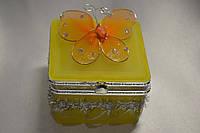 Шкатулка для украшений с зеркальцем  (жолтая)
