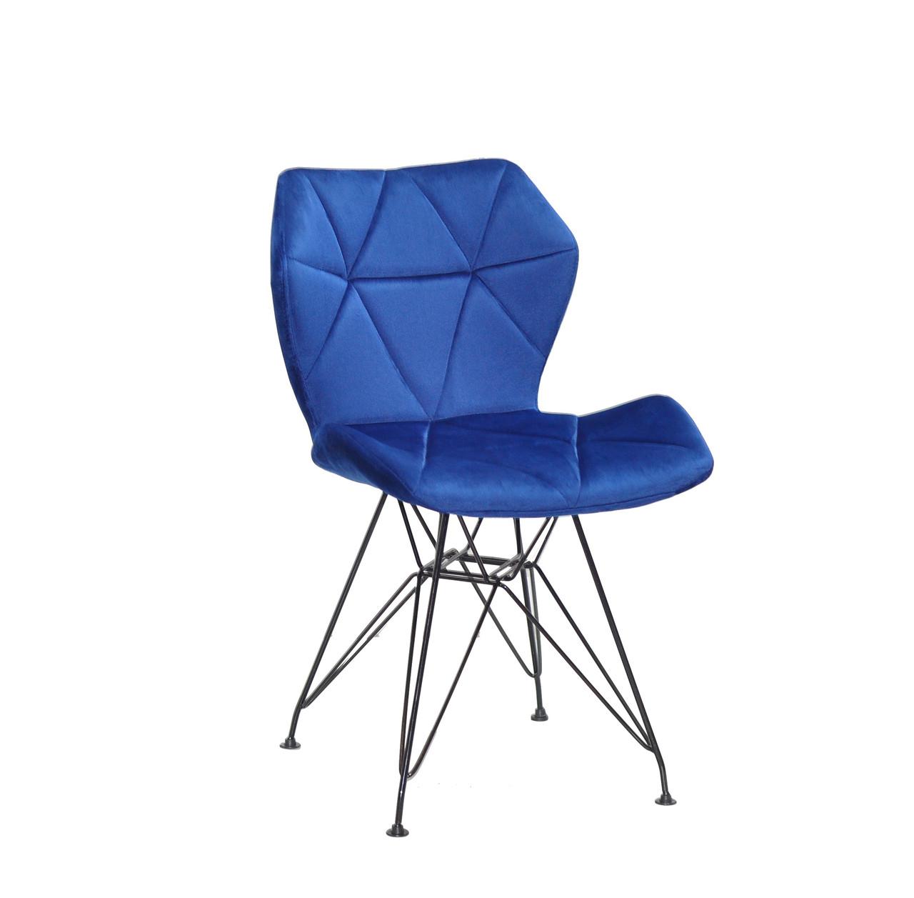 Cтильный и современный стул в бархатной обивке Greg BK-ML на черных металлически ножках