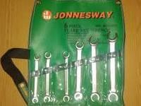 Набор разрезных ключей Jonnesway W24106S.