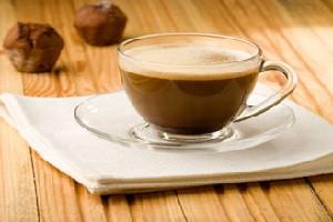 Напитки и натуральные добавки (фруктоза, сливки, сироп)
