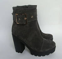 Женские ботинки из натурального замша  на каблуке, тракторная подошва, фото 1