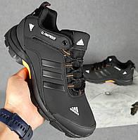Мужские кроссовки Adidas Climaproof демисезонные осень-зима черные с оранжевым. Живое фото. Реплика