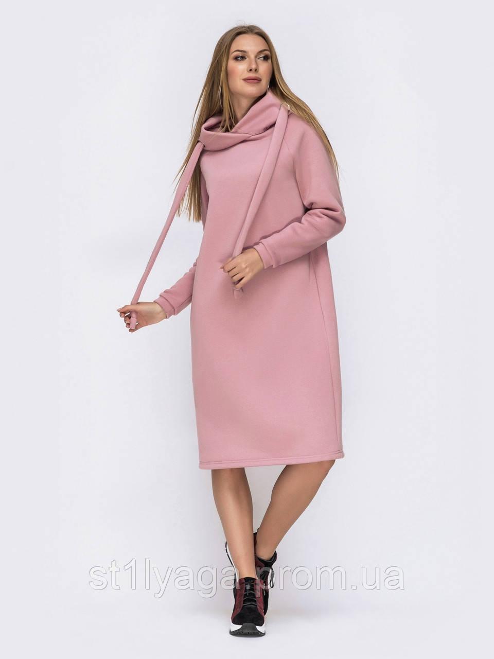 Платье на флисе в  стиле oversize с капюшоном