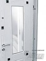 Двери входные ТМ Абвер модель Гелекси с зеркалом внутри