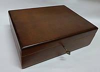 Деревянная шкатулка с ключом, 25*19*9 см (коричневая)