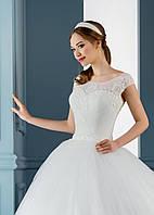Очаровательное свадебное платье, расшитое бисером, со спинкой-капелькой