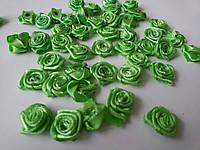 Розочки атласные зеленые