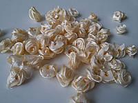 Розочки атласные кремовые