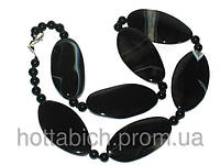 Ожерелье из черного камня агат