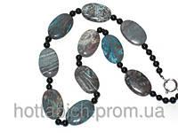 Нарядное ожерелье из агата