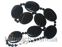 Черные бусы из агата