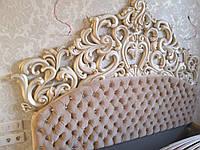 Кровать Кристал в капитоне золотая
