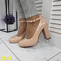 Туфли бежевые с ремешком застежкой на красной подошве, фото 1