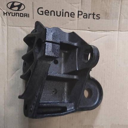 Кронштейн передней рессоры передний правый Hyundai HD120, HD210, Хюндай HD120 (542226B000), фото 2