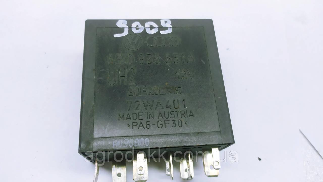 Реле стеклоочистителя  4B0955531A Audi A6 C5 Volkswagen Passat B5