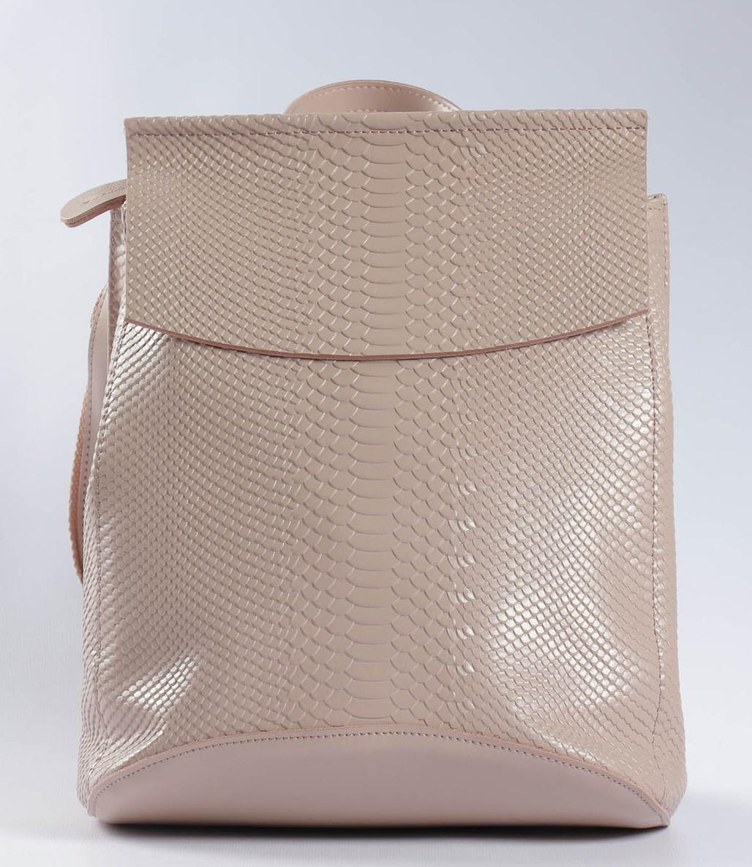 """Жіночий рожевий (пудровий) рюкзак-сумка з натуральної шкіри з тисненням """" під зміїну шкіру Tiding Bag - 76545"""