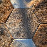 Полукруглые ковры из шестиугольных кусочков телячьей шкуры, фото 3