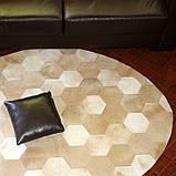 Полукруглые ковры из шестиугольных кусочков телячьей шкуры, фото 4