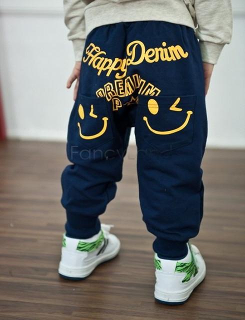Спортивні штани та джинси