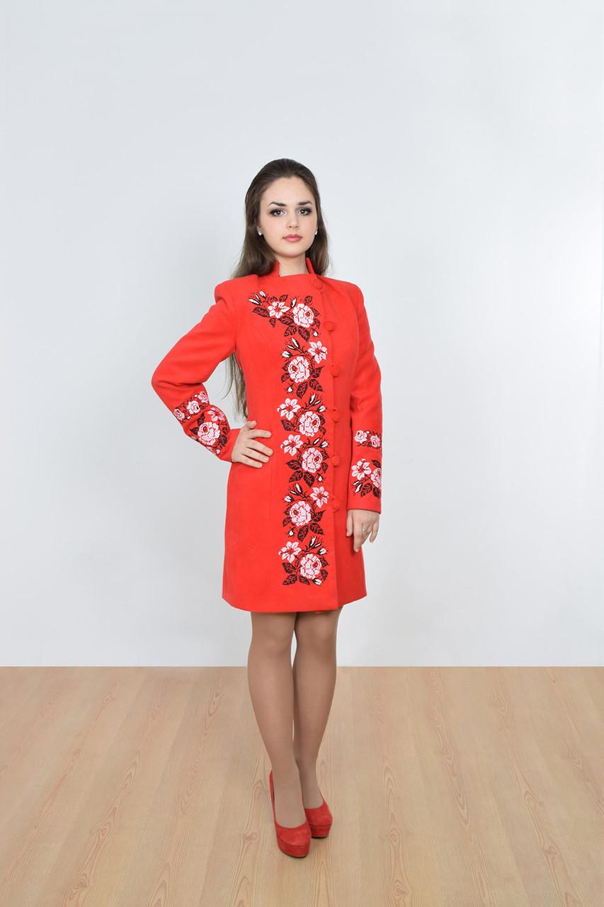 """Пальто женское с вышивкой """"Мрия""""  красное"""