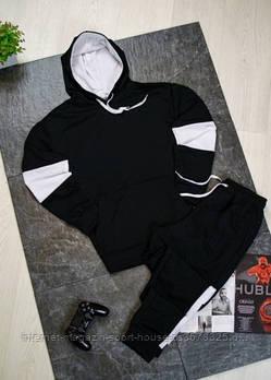 Чоловічий спортивний костюм худі та штани чорного кольору з білими вставками