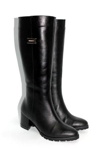 Женские кожаные сапоги на невысоком каблуке Возможен отшив в других цветах