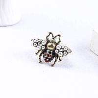 Роскошная брошь Пчела красная