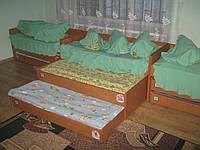 Кровать трёхярусная