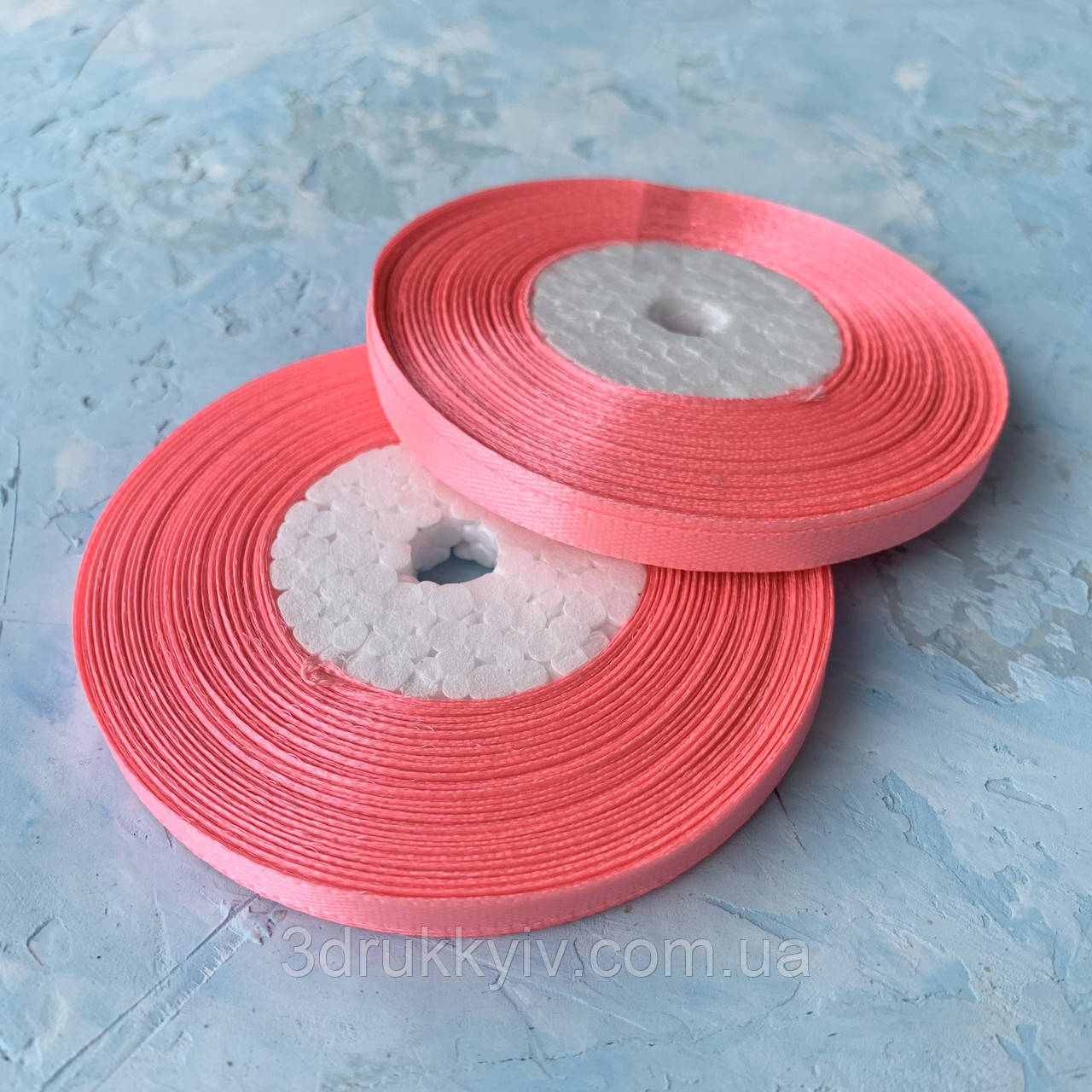 Стрічка атласна яскраво-рожевий 0,6 см. / Лента атласная ярко-розовый