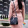 Удобная городская женская черная мини сумка почтальонка кросс боди через плечо, фото 9