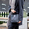 Удобная городская женская черная мини сумка почтальонка кросс боди через плечо, фото 7