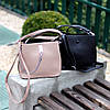 Зручна міська бежева жіноча міні сумка почтальонка крос боді через плече, фото 8