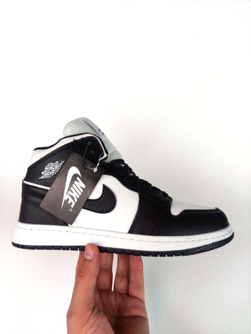 Чоловічі зимові кросівки Nike Air Jordan 1 Retro Winter (біло-чорні) К10781 круті високі кроси