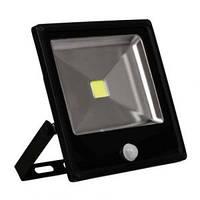 Прожектор светодиодный  со встроенным датчиком Feron LL861 20W 6400К холодный свет