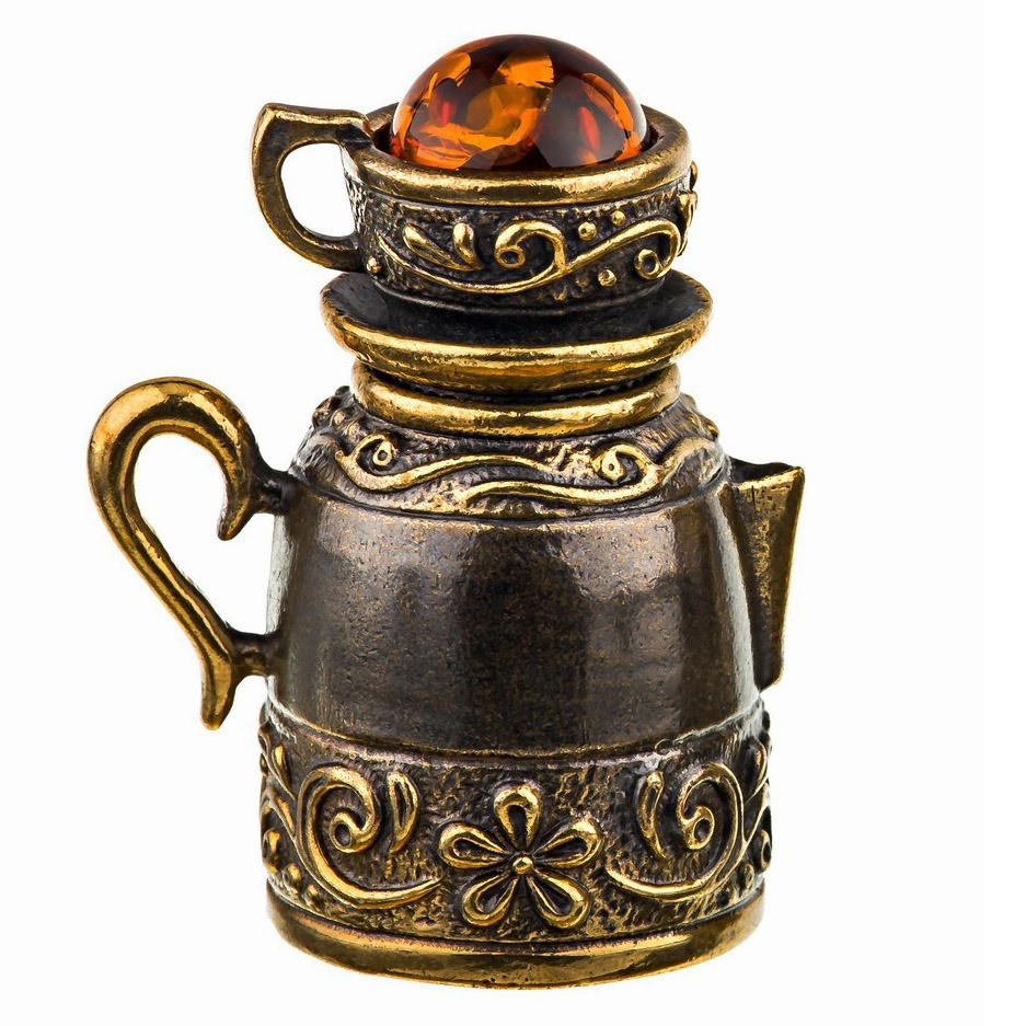 Бронзова фігурка з бурштином наперсток Чайник із чашкою