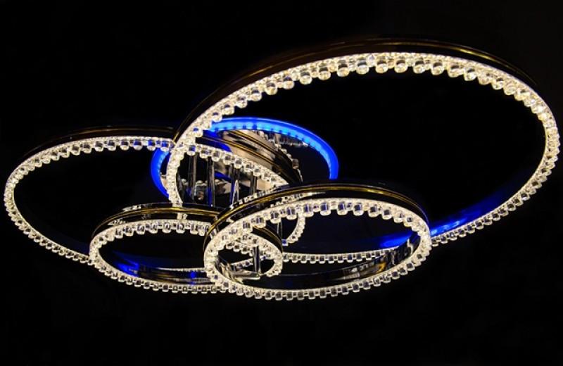 Яскрава люстра 55062/2+2HR LED 3color dimmer