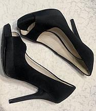 Стильные сатиновые модные туфли 36 размера